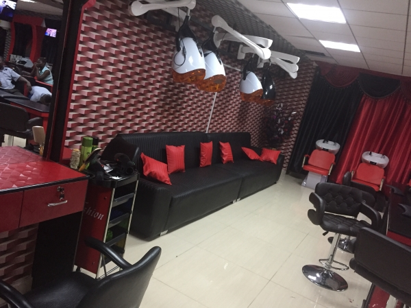 chez marlez salon spa kampala uganda. Black Bedroom Furniture Sets. Home Design Ideas